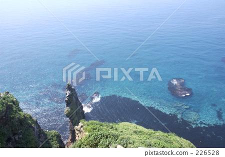 悬崖 天壳岛 峭壁