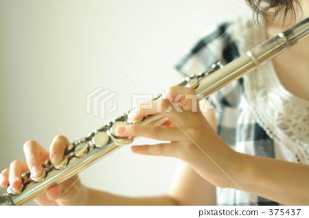 纯洁 首页 照片 乐器 木管乐器 长笛 长笛 演奏 纯洁  *pixta限定素材
