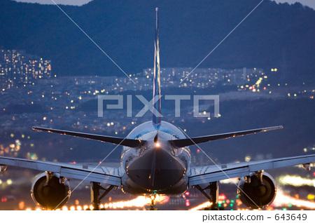 机场 跑道 客用飞机