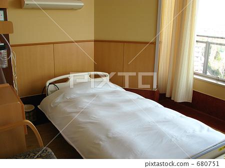 照片素材(图片): 病房 床 医院