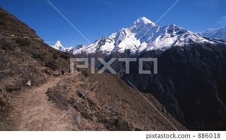 照片素材(图片): 尼泊尔 喜马拉雅山 徒步旅行