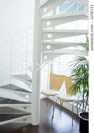 照片素材(图片): 螺旋楼梯 户内 室内