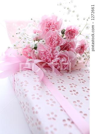 粉白色可爱手机壁纸