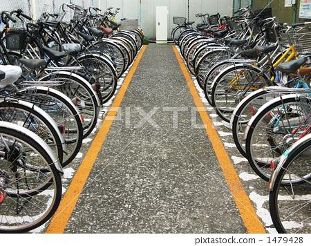 图库照片: 自行车停车位图片