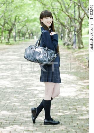 学生 小学生 高中女生-图库照片