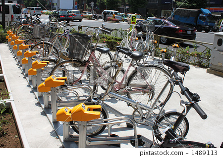 图库照片: 自行车停车场01图片