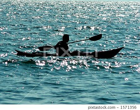 影子 海洋独木舟 剪影