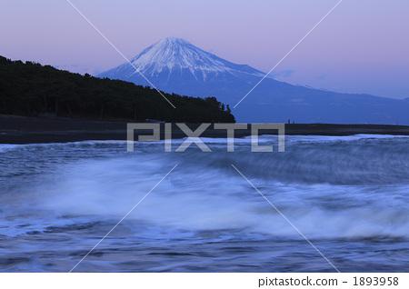 照片: 三保之松原 富士山 波