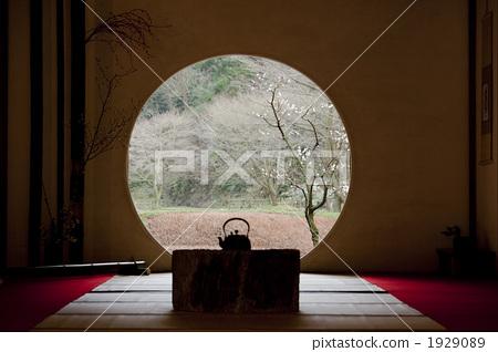 住宅_室内装饰 室内装饰_家具 窗口 圆窗 窗口 窗户  *pixta限定素材
