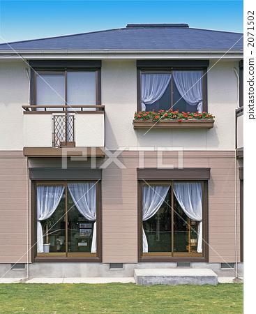 图库照片: 房屋 独立式住宅 两层的建筑