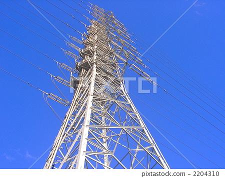 照片素材(图片): 钢塔 电缆塔 电力公司