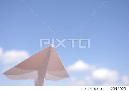 纸飞机 蓝天 天蓝色