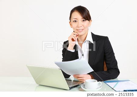 照片素材(图片): 女性白领 白领丽人 白领