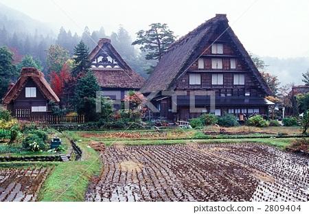 白川乡 人字形木屋顶 传统房屋