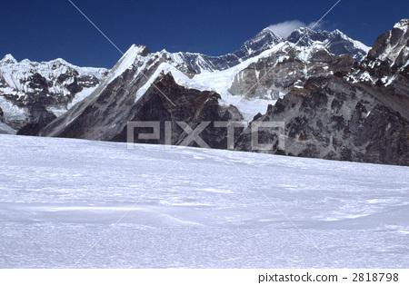 风景_自然 山 雪山 珠穆朗玛峰 喜马拉雅山 落基山  *pixta限定素材仅