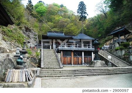 图库照片: 立石寺 山中寺庙 内神社
