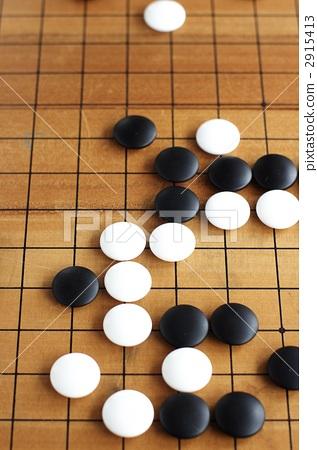 照片素材(图片): 围棋子 围棋盘 棋盘游戏