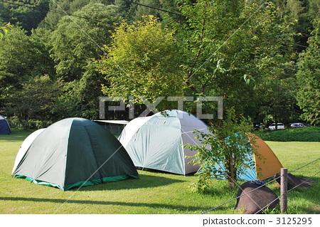 图库照片: 帐篷设置的风景