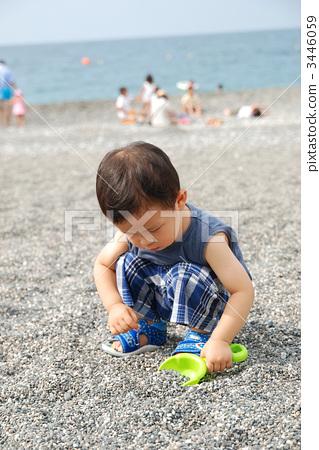 儿童 玩沙 人物