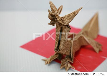 纸龙手工制作方法