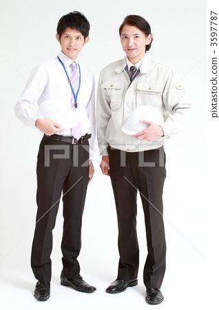照片素材(图片): 新员工 工服 劳动者