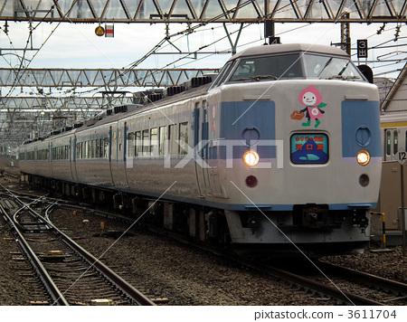 2595次列车从杭州到郑州一般会晚点多久?