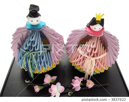 图库照片: 女儿节用娃娃 折纸 庆祝