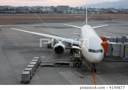 飞机 伊丹机场 飞机舱门