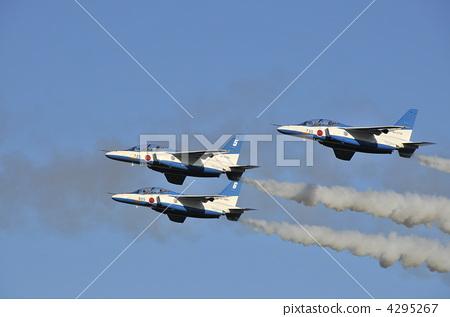 照片: 飞机 蓝色寝宫 战斗机