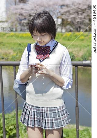 制服 首页 照片 人物 学生 高中生 高中生 少女 制服  *pixta限定素材