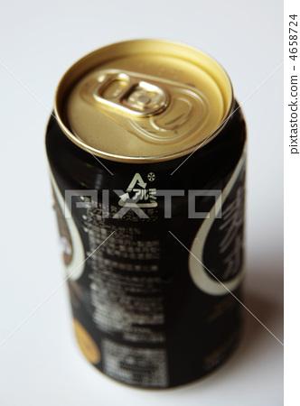 一听啤酒热量_图库照片: 一听啤酒 啤酒 黑色啤酒