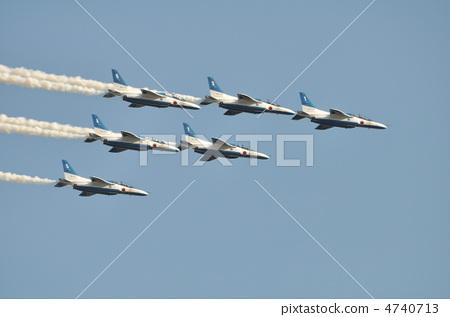 照片: 空中特技 飞机 编队飞行
