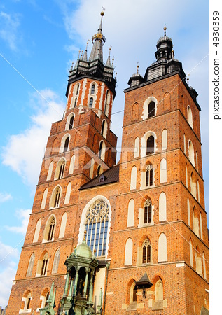 图库照片: 圣玛丽教堂 波兰 克拉科夫