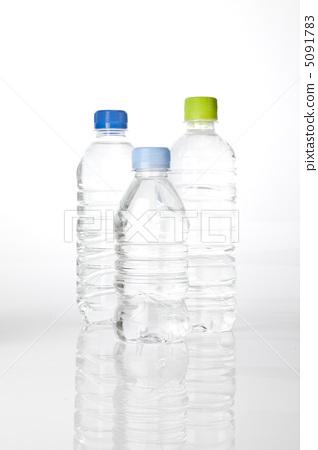 学前班皱纹纸编辫子装饰塑料瓶