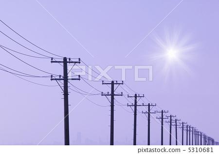电线杆 太阳 阳光明媚