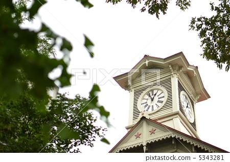照片素材(图片): 钟楼 北海道 风景
