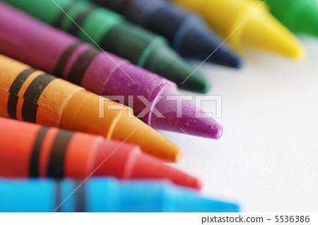 文具 笔 蜡笔 蜡笔 彩色蜡笔 许多  pixta限定素材      蜡笔 彩色