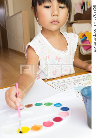 图库照片: 颜料 小孩 儿童