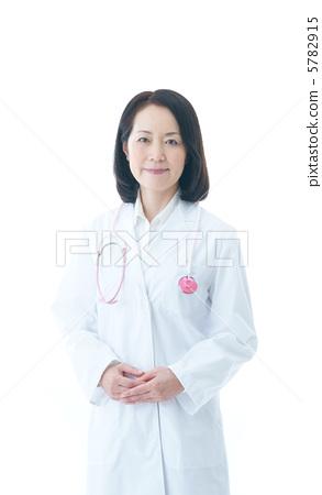 高级医生 首页 照片 人物 男女 日本人 高级医生  *pixta限定素材仅在