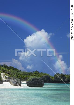 图库照片: 海滩 彩虹 海洋