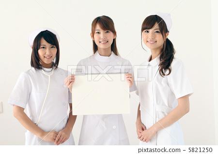 首页 照片 业种_产业 医疗 福利 护理 护士 福利  *pixta限定素材仅在