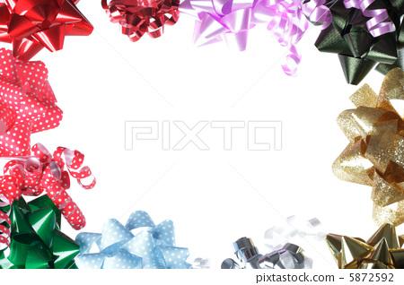 照片素材(图片): 彩带 缎带 蝴蝶结
