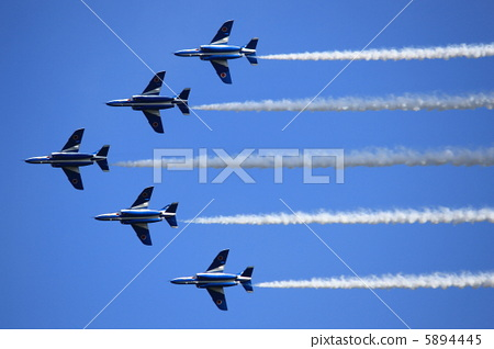 飞机 喷气式飞机 战斗机-图库照片