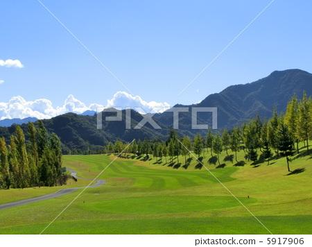 图库照片: 高尔夫球场 航路 开球区