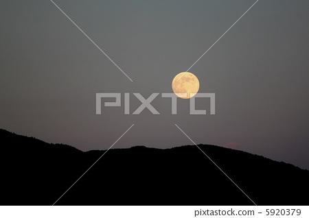 满月 月亮 夜晚