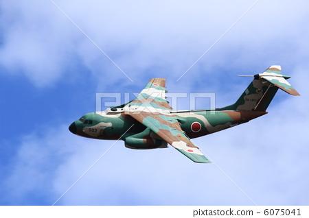 战斗机 飞机 一台机器 首页 照片 休闲_爱好_游戏 玩耍 纸飞机 战斗机