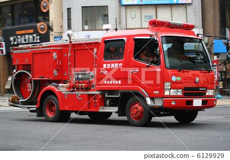 重型机械_特种车辆 救火车 救火车 消防车 特种车辆  *pixta限定素材