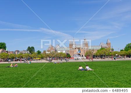 2400矩形广场设计图