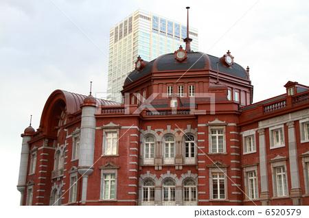 圖庫照片: 紅磚建筑 東京站 站