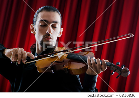 样young的小提琴谱子